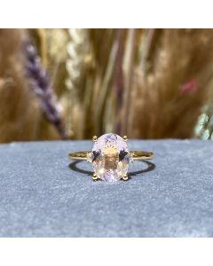 14 Karat Guld Ring fra Henrik Ørsnes Design med Pink Morganit og Brillanter 0,08 Carat W/SI